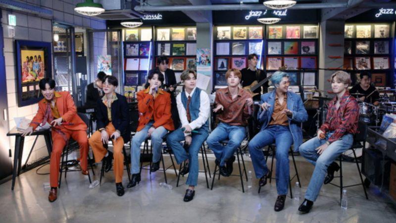 【有片】BTS防弹少年团JIN不愧是衣架子!花衬衣+牛仔裤这么「土」的Look都能消化