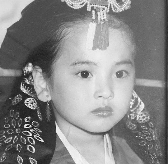 宋慧喬兒時照片公開 天然美女認證