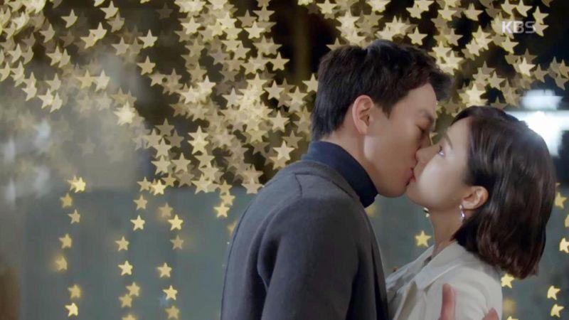 《黑騎士》金來沅向申世景表明真實身份 迎來浪漫的「初KISS」啊~!!!