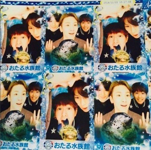 SHINee三人幫出遊 開心拍攝大頭貼