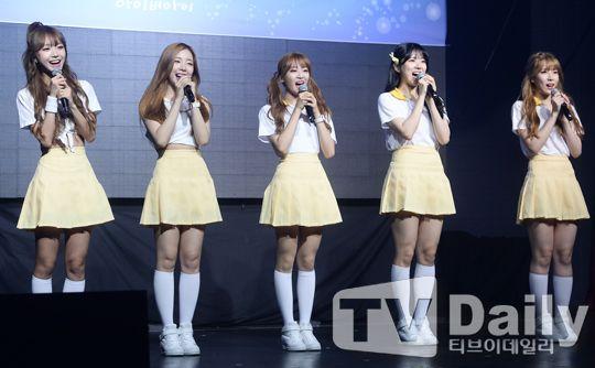 女團I.B.I出道Showcase 熱唱新歌《悄悄》