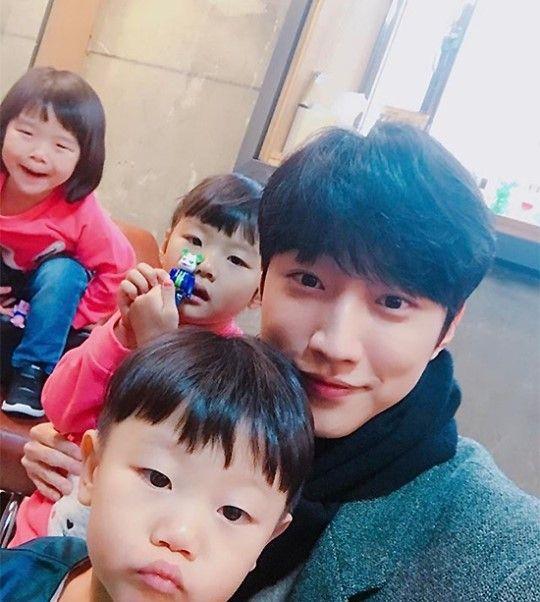 《超人回來了》B1A4振永驚喜登場 親切的向大發姐弟提出約會申請