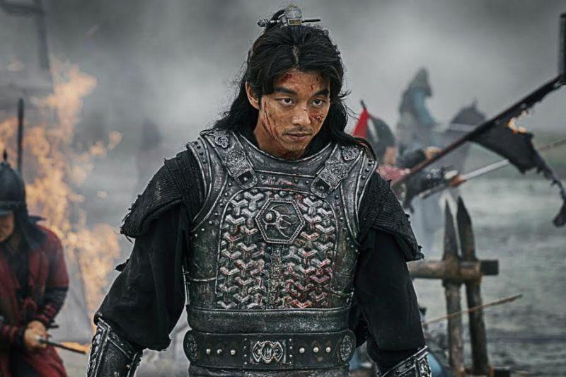 出道15年的孔劉終於穿上了古裝 威武將軍霸氣滿點