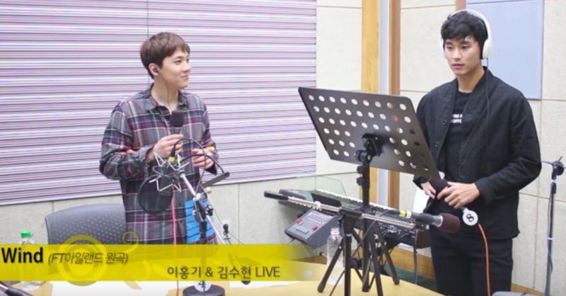 金秀賢與李洪基合唱〈Wind〉 這不當歌手太可惜了啊!