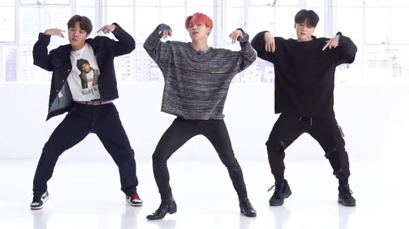 BTS防彈少年團新歌練習室舞蹈版公開後,大家卻都在討論「JIMIN的腿」?