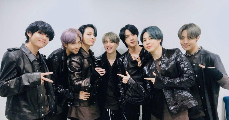 BTS防彈少年團直落三 火速成為音樂節目三冠王!