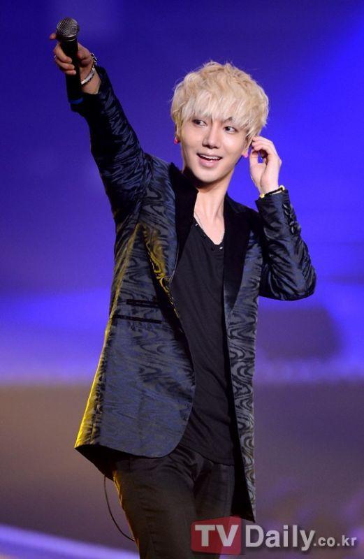Super Junior藝聲 正規七輯也包含了他的「藝術聲音」