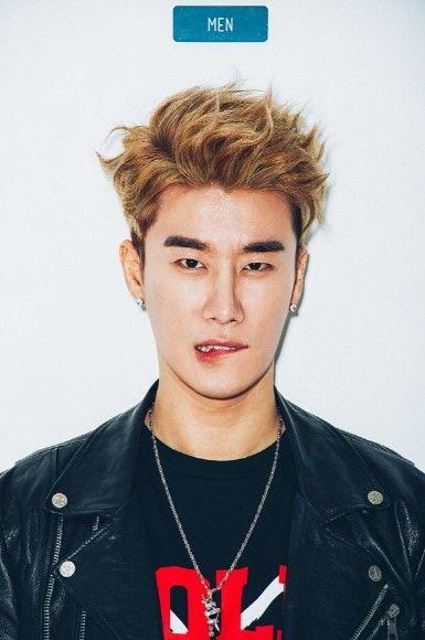 多产创作歌手 San E 获颁韩国音乐著作权协会奖项
