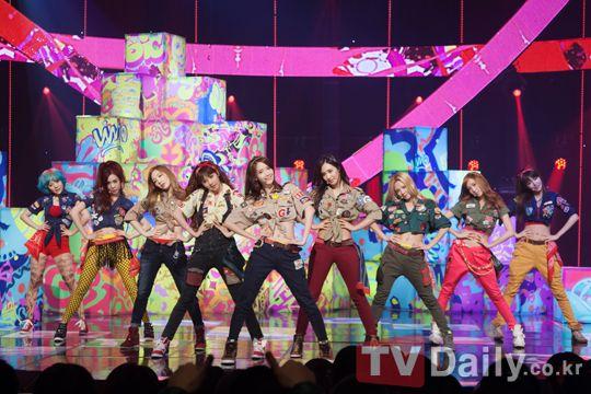少女時代《Gee》YouTube過億 創韓偶像團紀錄