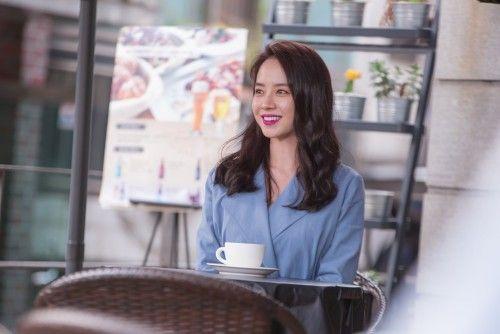 JTBC新剧《老婆这周要出墙》宋智孝剧照首曝光 变身超级女强人