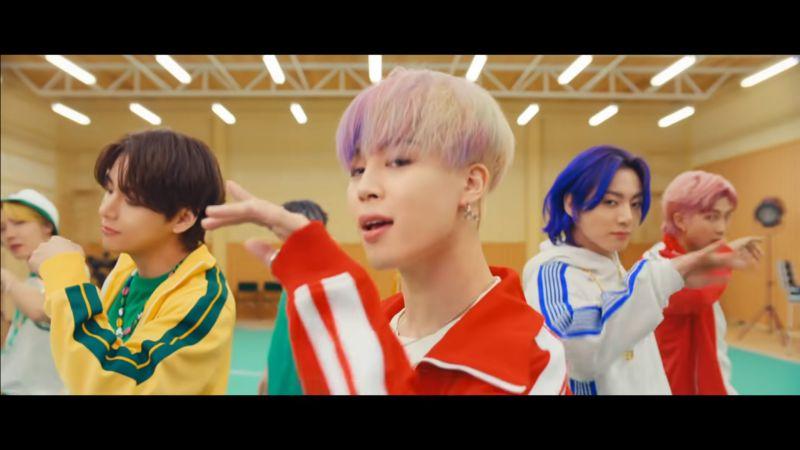 BTS防弹少年团坦言新歌《Butter》就是要挑战「夏日男团风」展现清爽&果汁美!