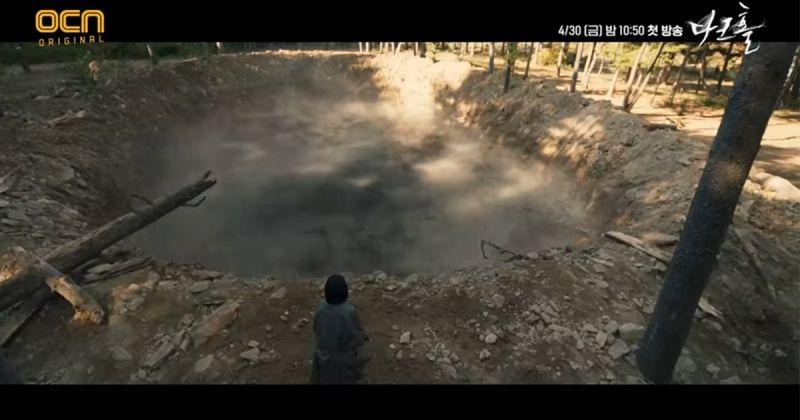 OCN新劇《黑洞》驚悚指數爆表!眼球被挖掉、變種人類來襲 詭異黑煙逼迫人類直面內心最深恐懼