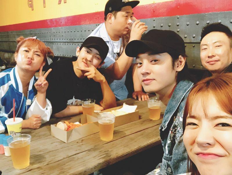 就是明晚!文世润、少女时代Sunny、EXO灿烈出演tvN《心酸旅行》预告公开