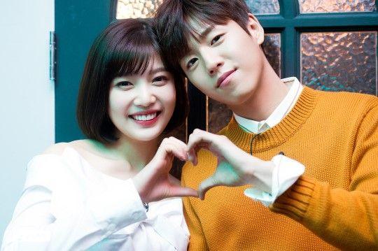 李玹雨&Joy主演tvN新剧《她爱上了我的谎》今晚开播 浪漫青春罗曼史来袭