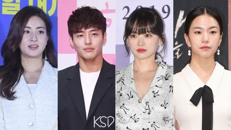 姜河那、姜素拉、千玗嬉、李雪将主演新电影《雨和你的故事》!还记得谁和谁合作过哪些作品吗?
