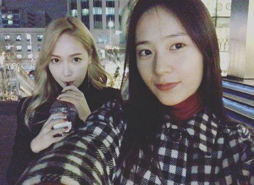 鄭式姐妹的愛! Jessica&Krystal不愧是最美姐妹花