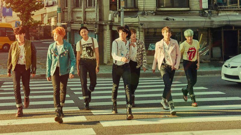 BTS防弹少年团的反差萌!群舞跳得这么齐,运动起来却手忙脚乱XD