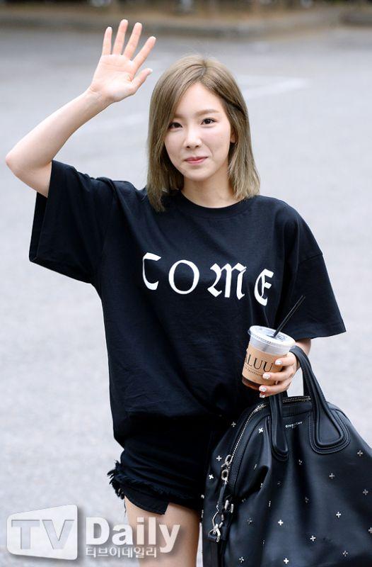 《Music Bank》上班路:少女時代太妍、Tiffany 、閔孝琳、Sistar、EXID等人亮相!