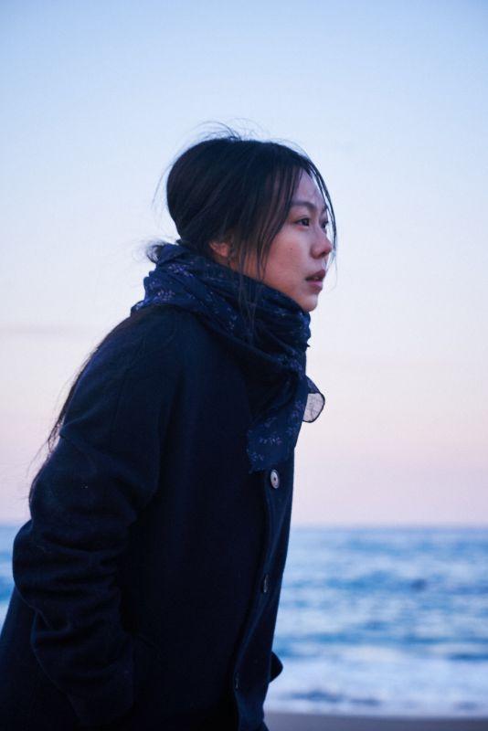 《独自在夜晚的海边》金敏喜备受争议作品   6/16即将在台上映