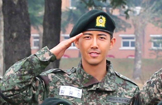 黃光熙終於等到12月7日退伍,那個說要等他回來的《無限挑戰》卻沒了