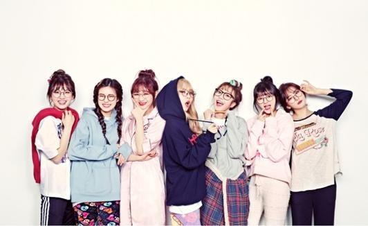 新概念女團綜藝《偶像電視劇工作團》公開7名成員團體預告照