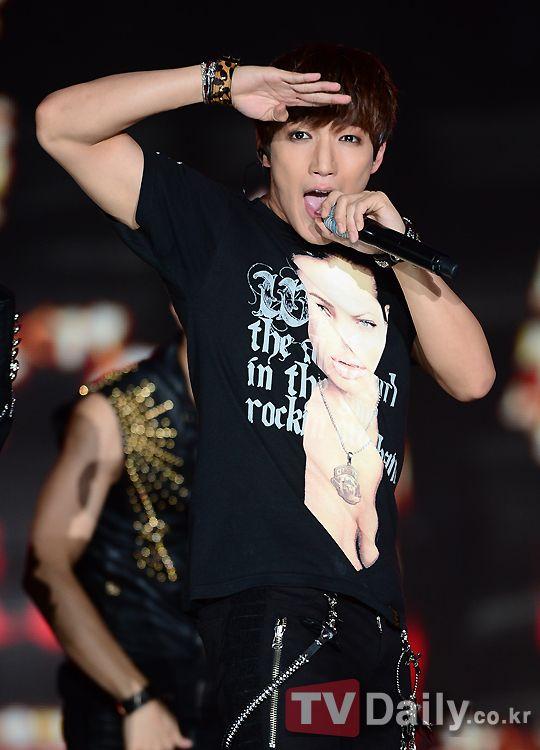 2PM峻秀改名為MIN JUN Jun. K之名仍沿用