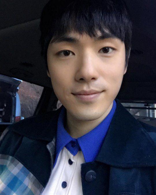 《学校2017》另一位可望出演男主角的金正贤是谁?