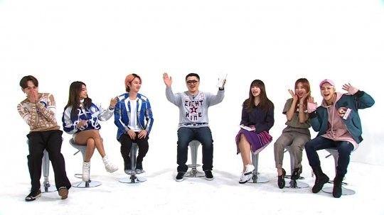 《週偶》新MC金希澈HANI初次錄製 招待好友來做客