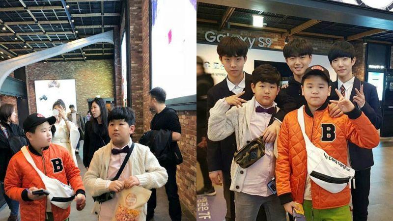 尹厚和俊秀去看电影约会啦,和后排的小帅哥一比......