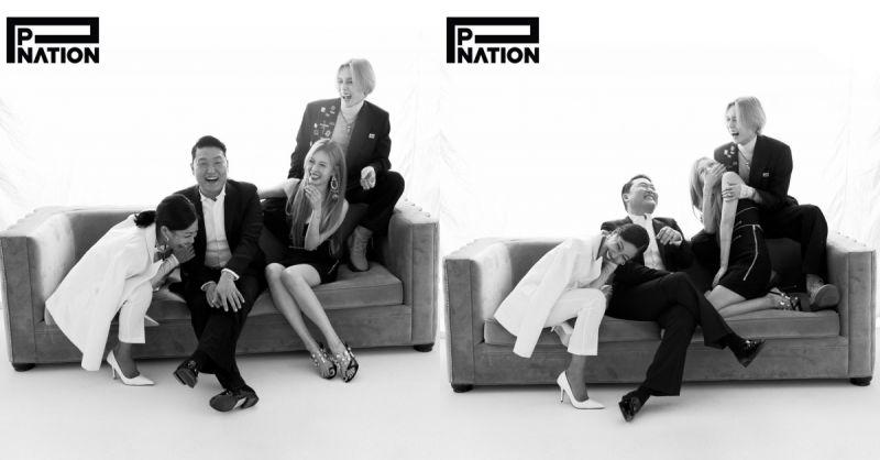P Nation公開所屬藝人合照!PSY&泫雅&E'Dawn&Jessi圍坐沙發笑容開懷